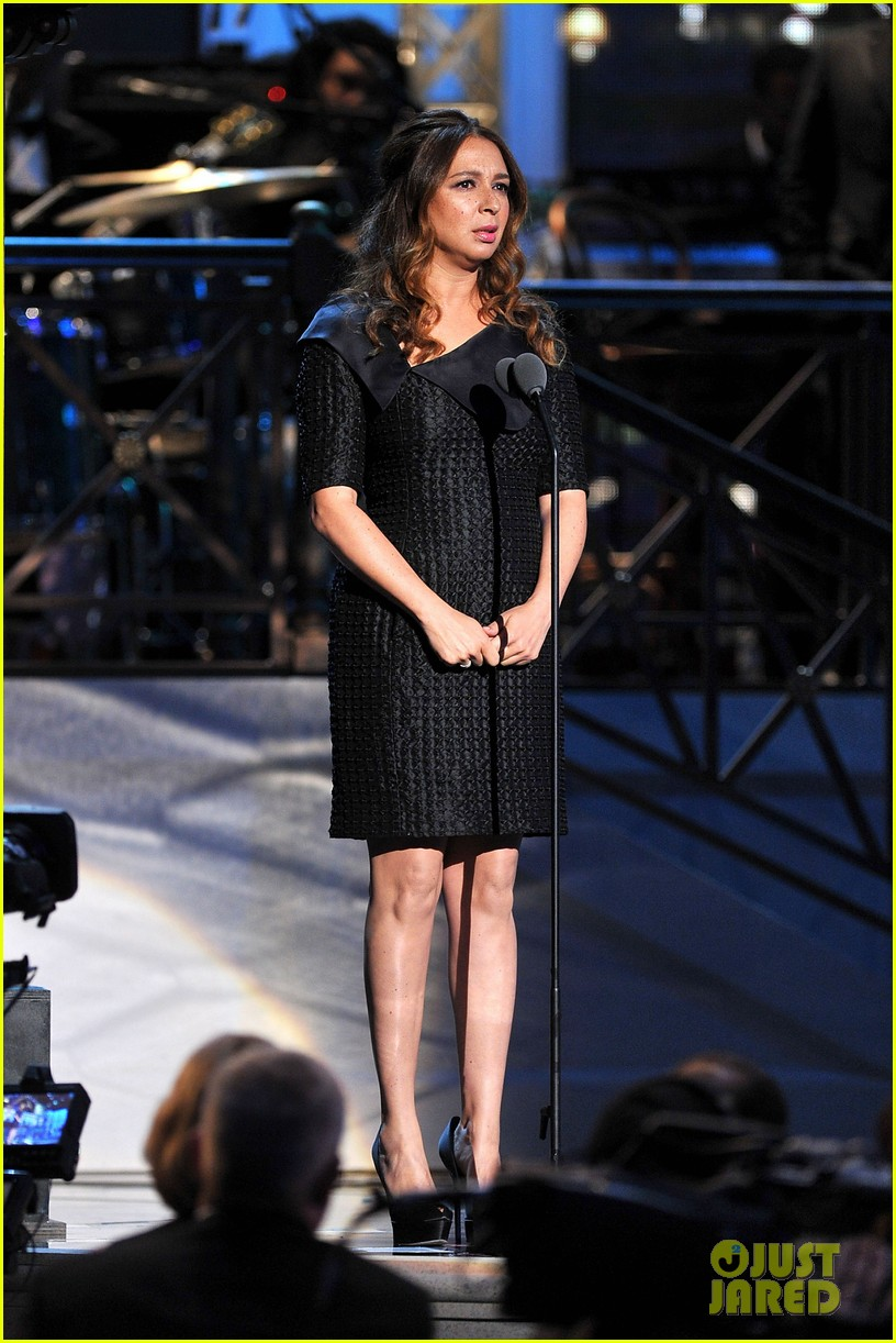 kristen wiig maya rudolph comedy awards winners 072655134