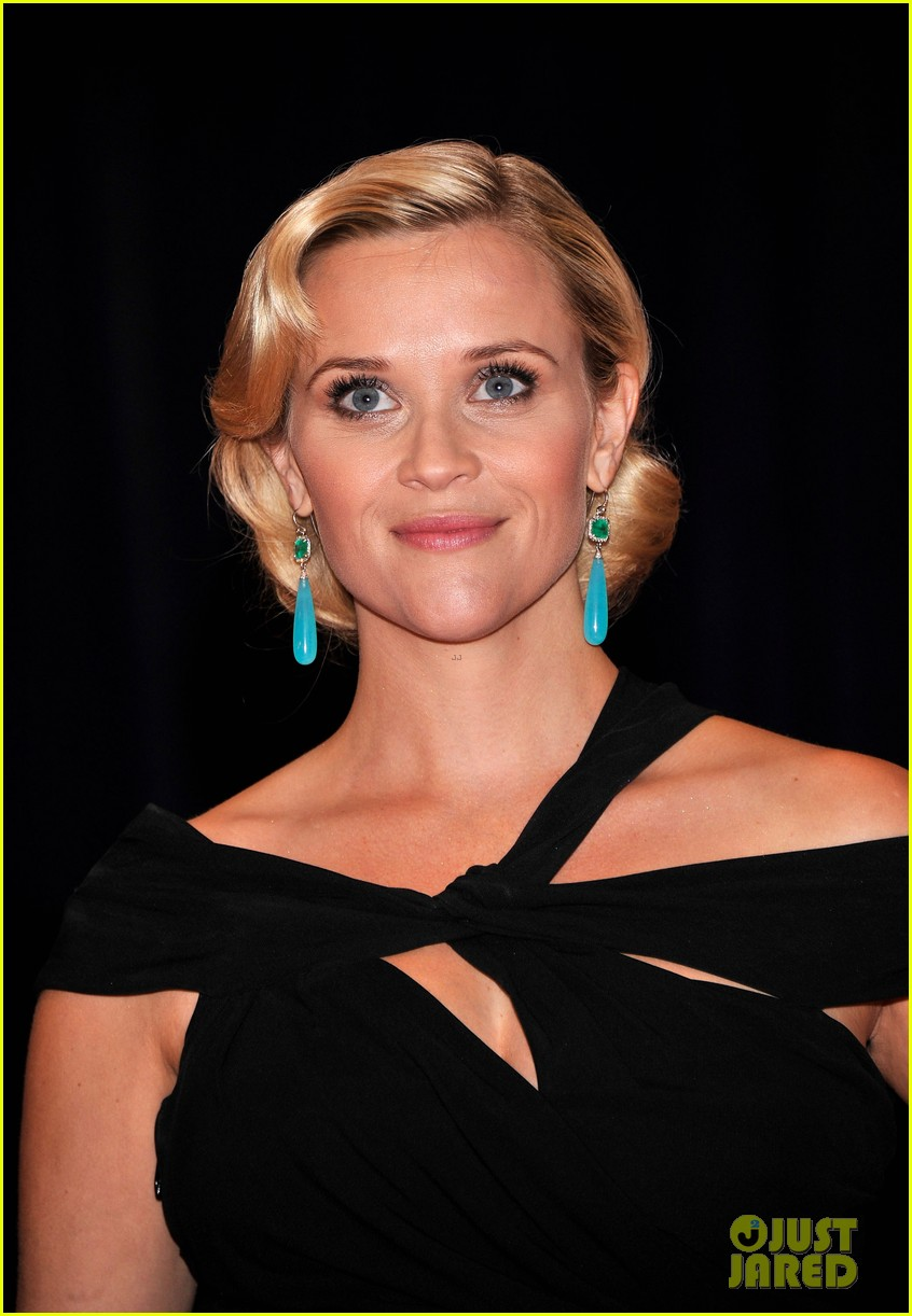 reese witherspoon white house correspondents dinner 03