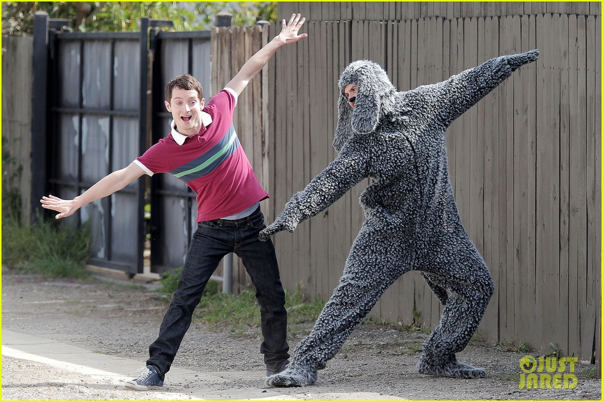 Elijah Wood dog suit 04