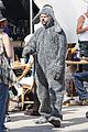 elijah wood wilfred set 08