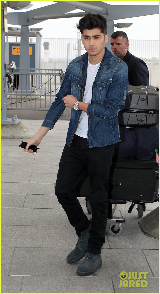 one direction heads out heathrow 05