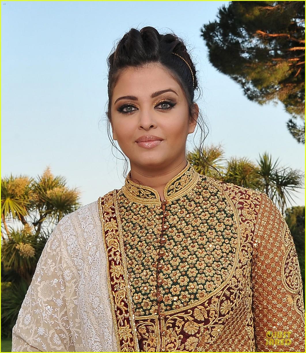 صور ايشواريا باتشان 2012 Aishwarya-rai-amfar-cannes2-120-06