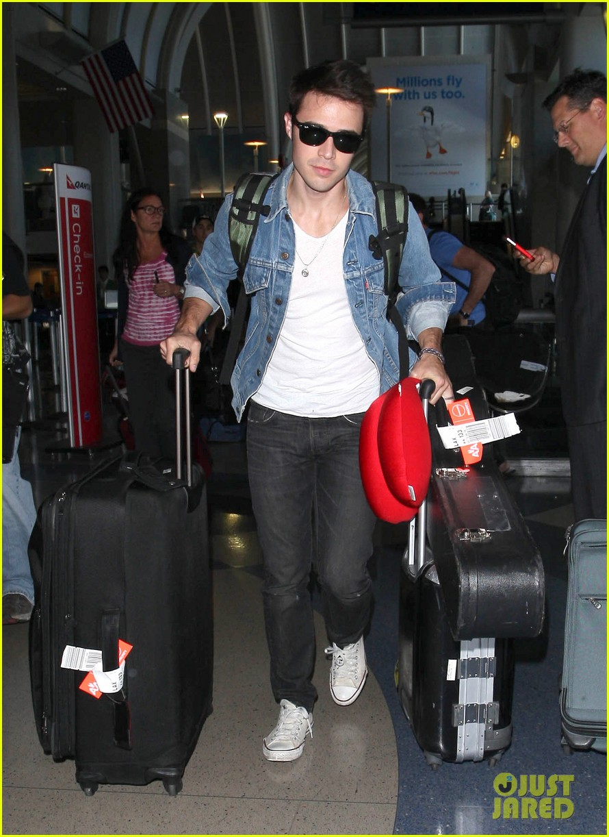 kris allen red neck pillow 03