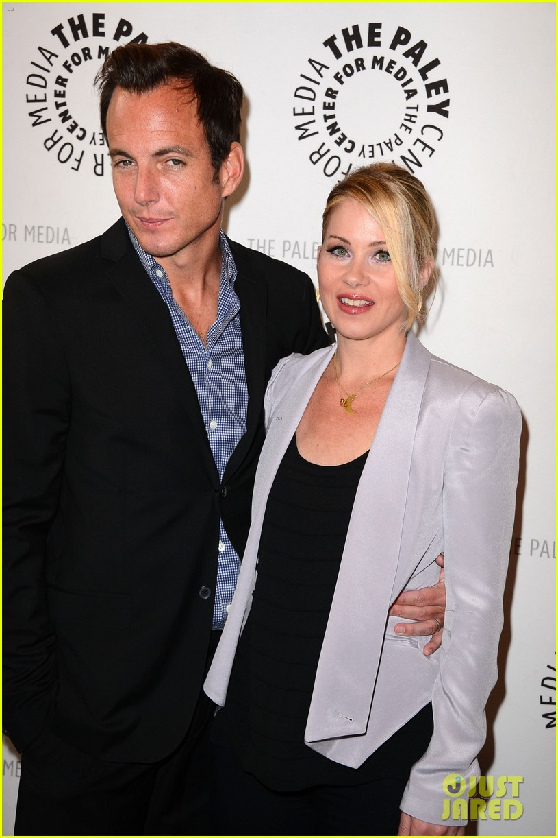 christina applegate maya rudolph up all night paley 042659522