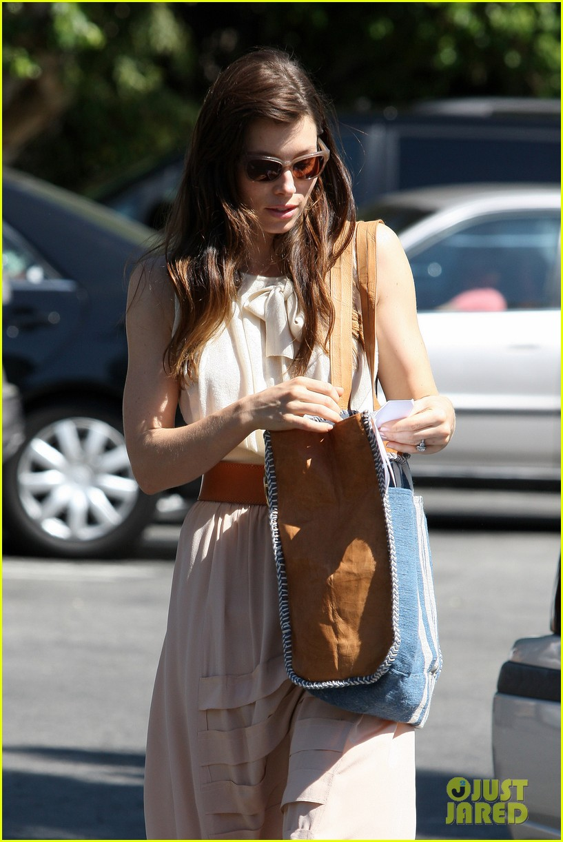 jessica biel grocery shopping 03