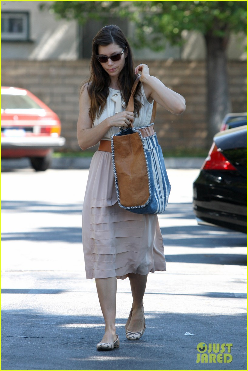 jessica biel grocery shopping 13