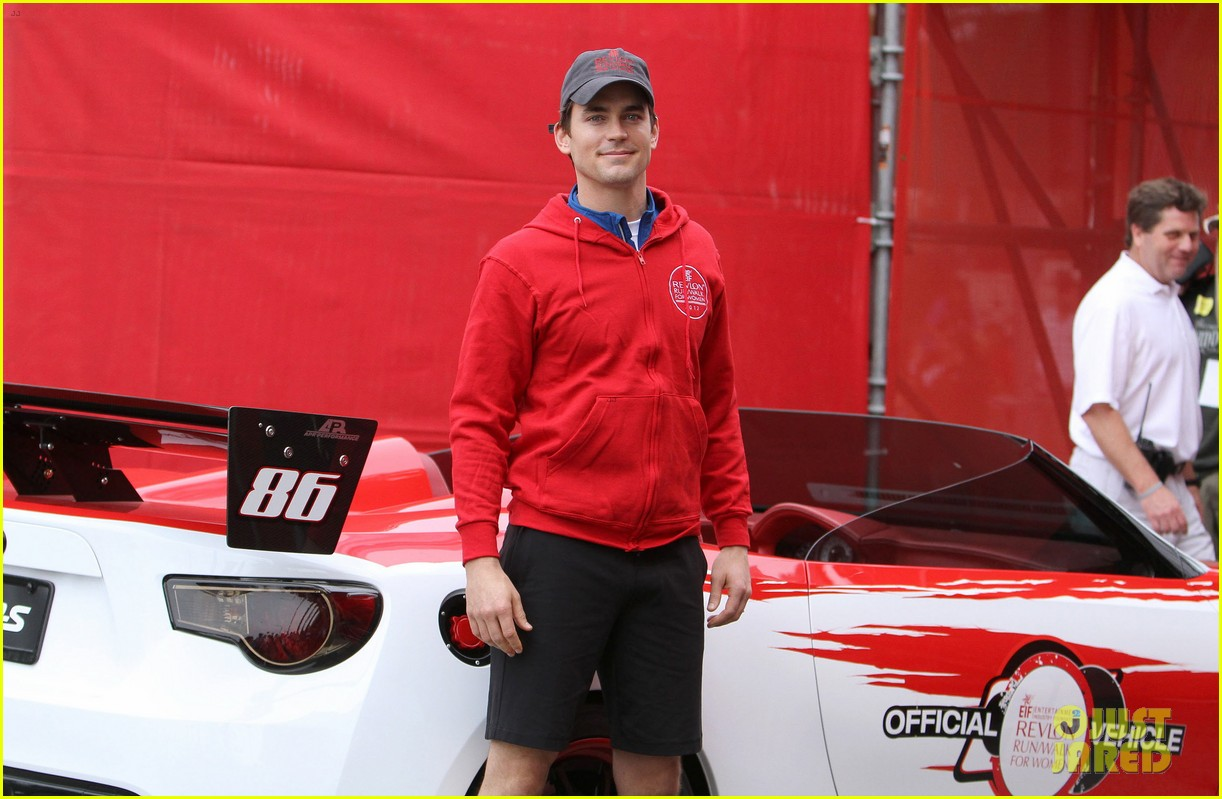 matt bomer revlon walk with simon halls son kit 16