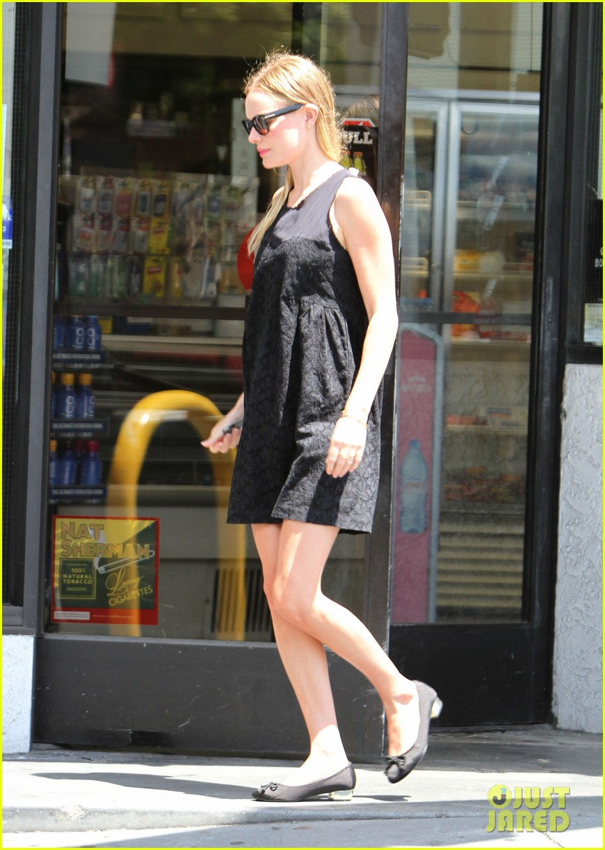 kate bosworth pumps gas 08