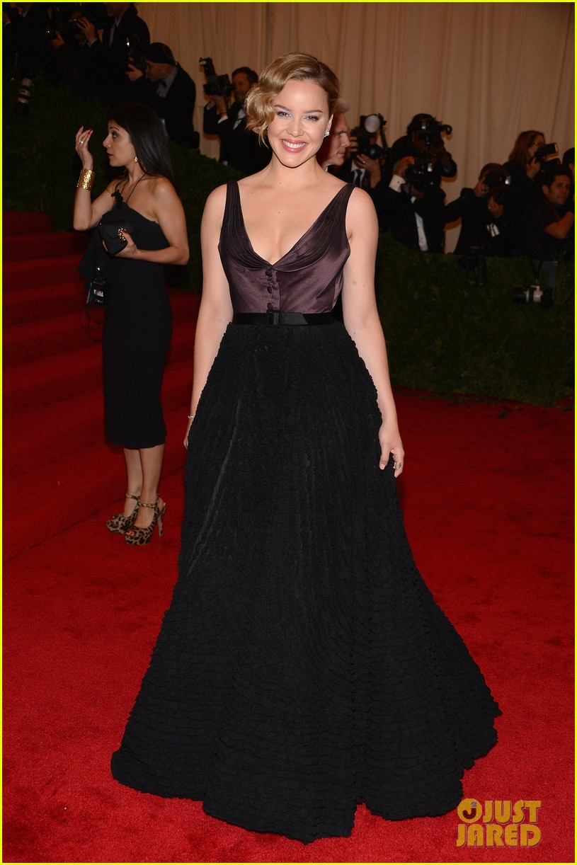 abbie cornish met ball 2012 01