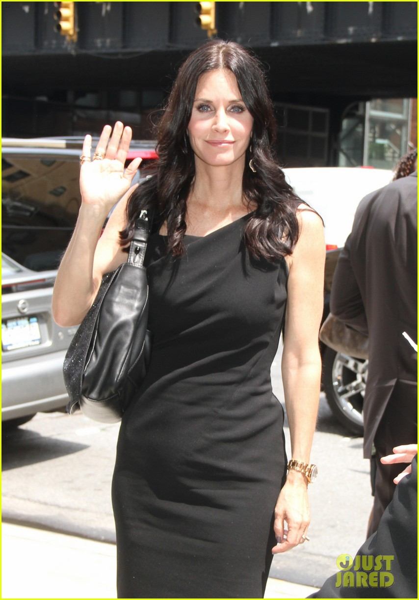 courteney cox tbs upfront 01