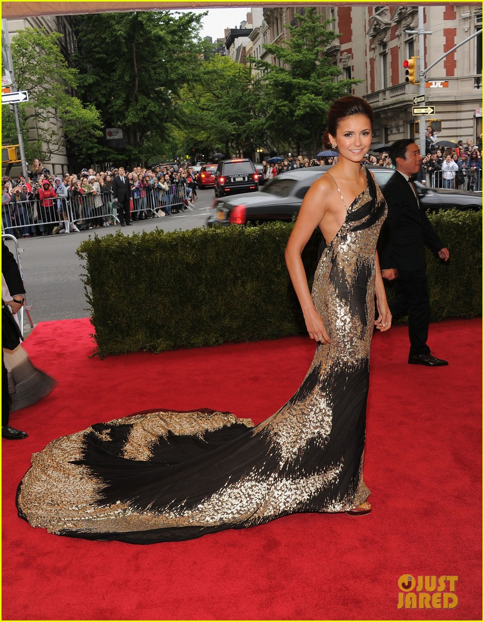 nina dobrev met ball 2012 01