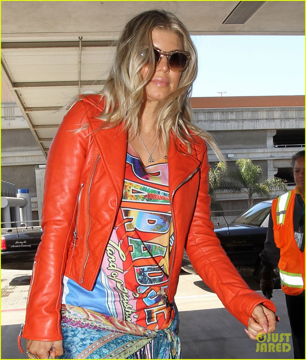 fergie josh leaving lax 02