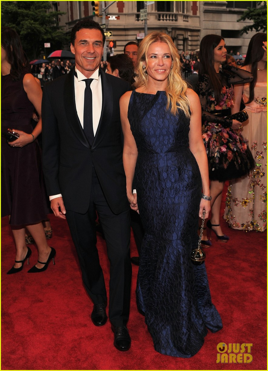 chelsea handler met ball 2012 with andre balazs 03