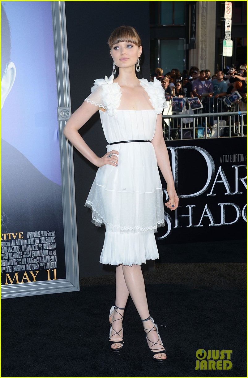 bella heathcote dark shadows 03