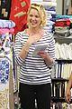 katherine heigl fabric shopping 03
