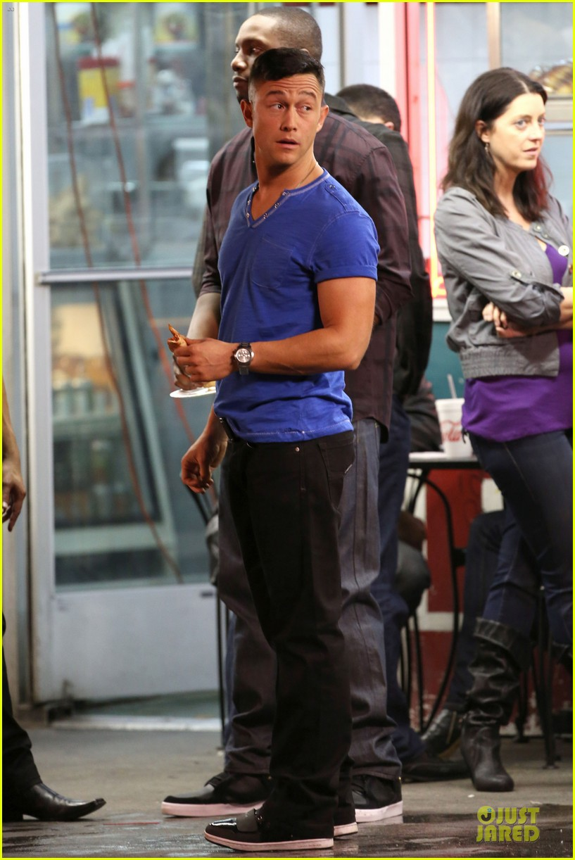 joseph gordon levitt don jon downtown 08