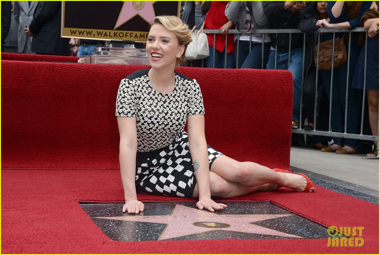 Scarlett Johansson: Star on Hollywood Walk of Fame!: Photo ...