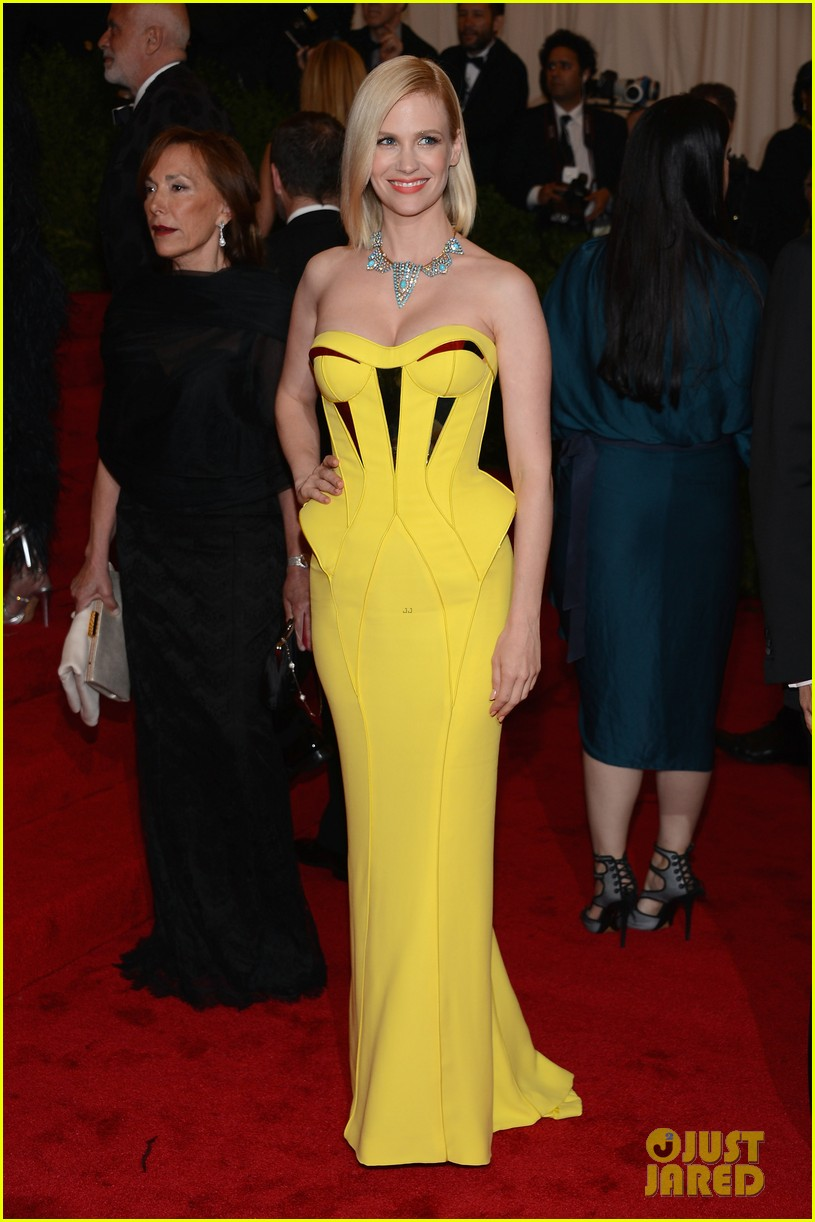 january jones met ball 2012 01