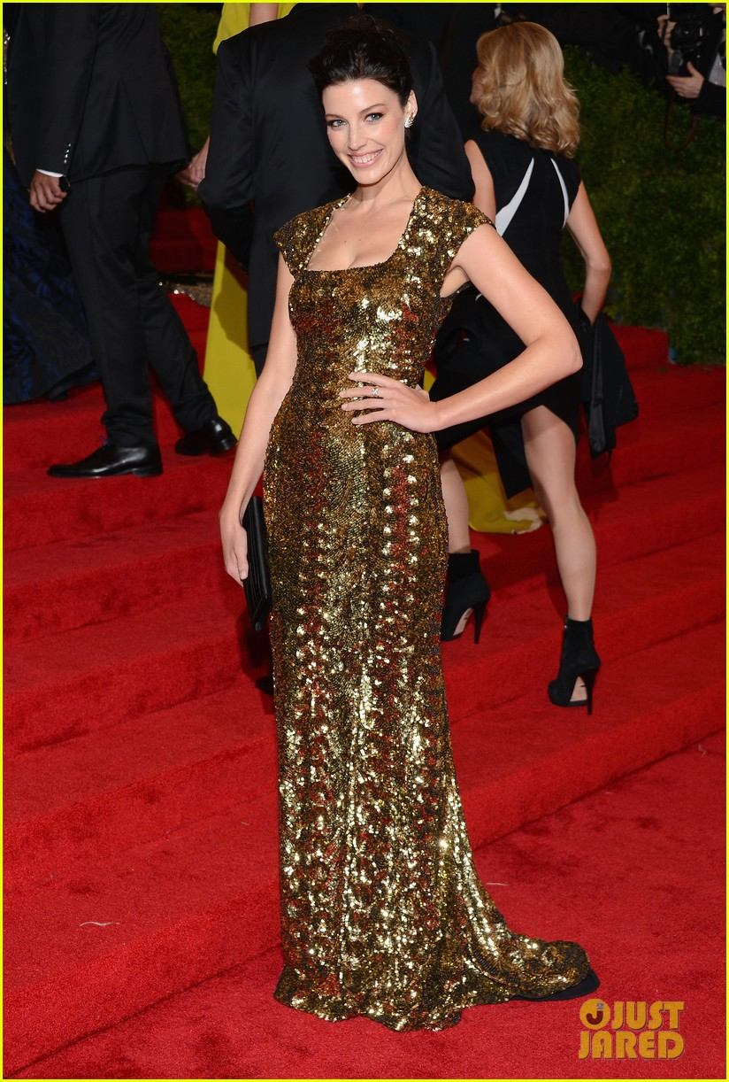 brit marling jessica pare met ball 2012 04