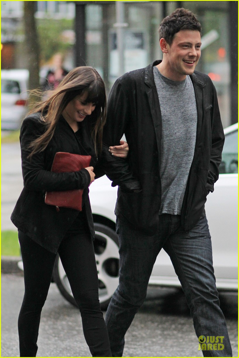 lea michele cory monteith sushi vancouver 01