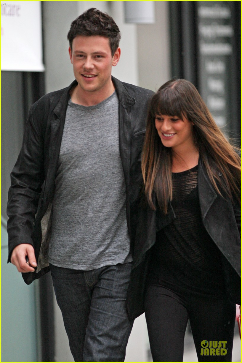 lea michele cory monteith sushi vancouver 03