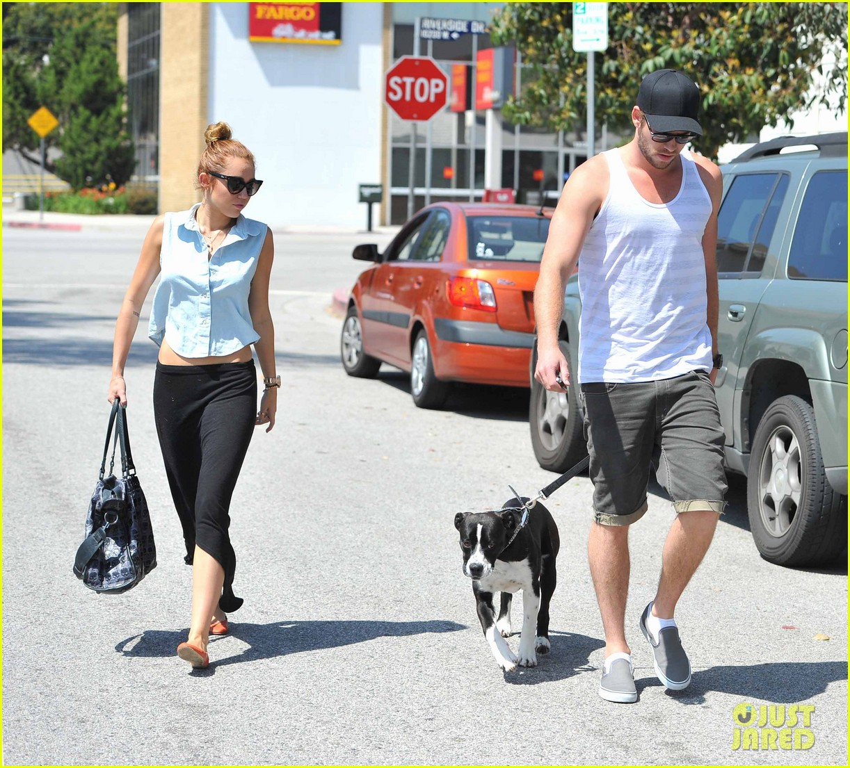 miley cyrus dream life liam hemsworth 042660936