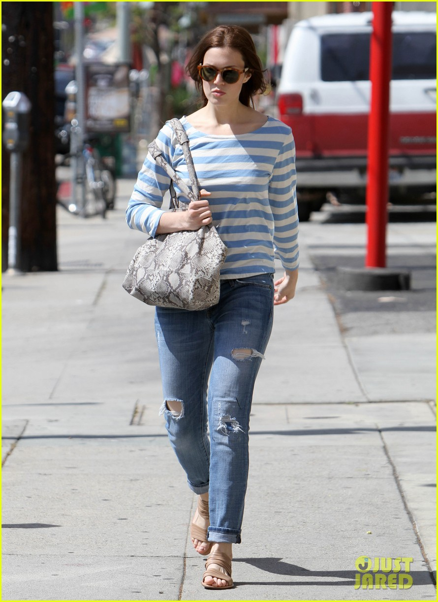 mandy moore shopping 11
