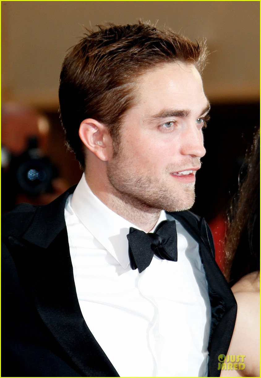 robert pattinson cosmopolis cannes premiere 10