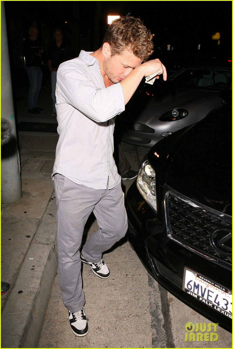 ryan phillippe craigs night out 16