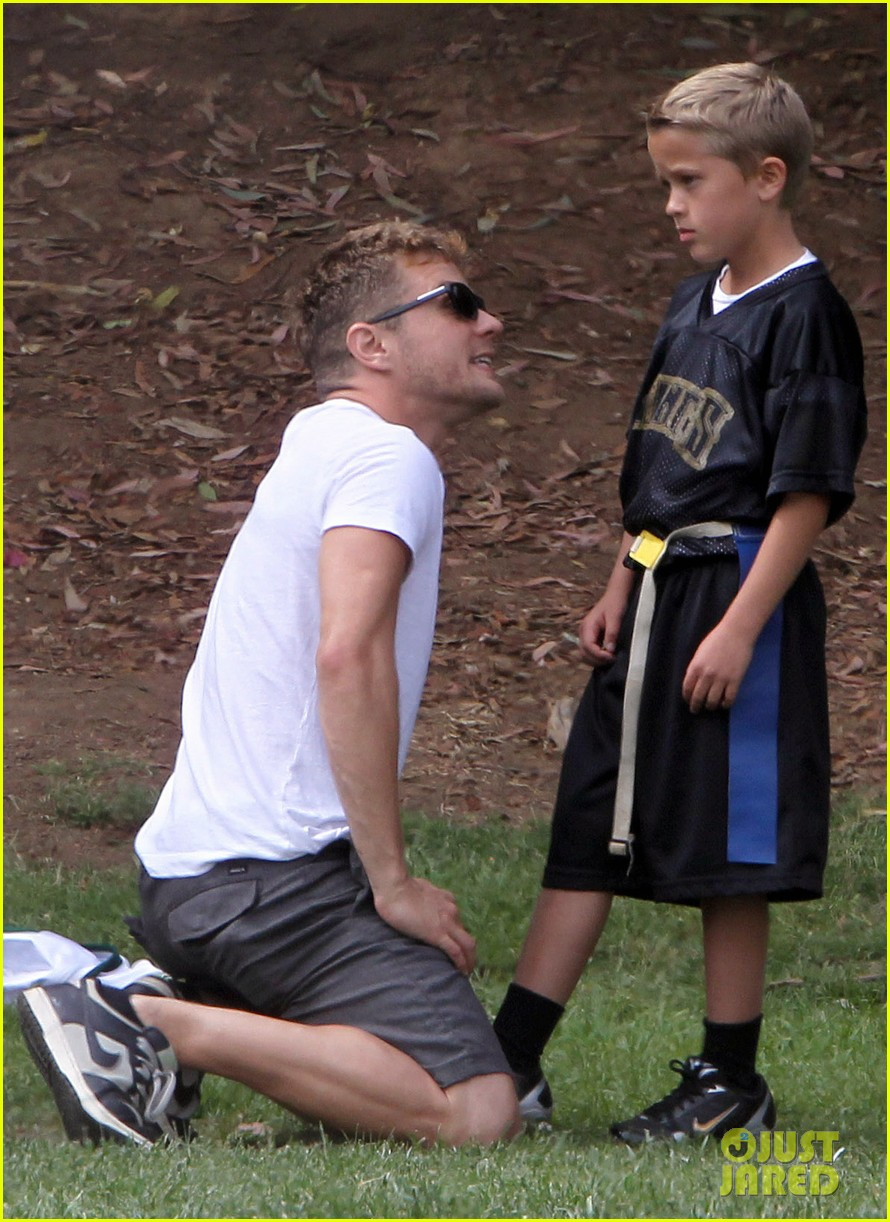 ryan phillippe coach deacon football 02