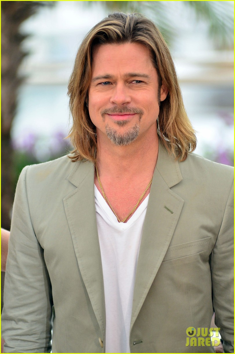 brad pitt cannes photocall 082665219