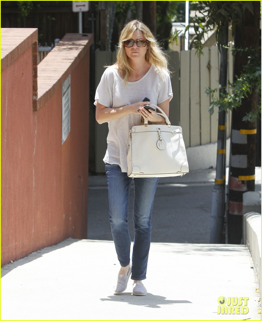 ellen pompeo books lakers 01