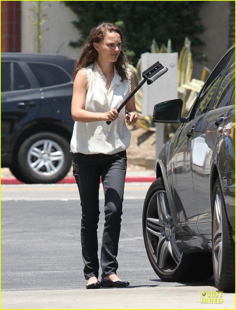 natalie portman windshield wiper 03