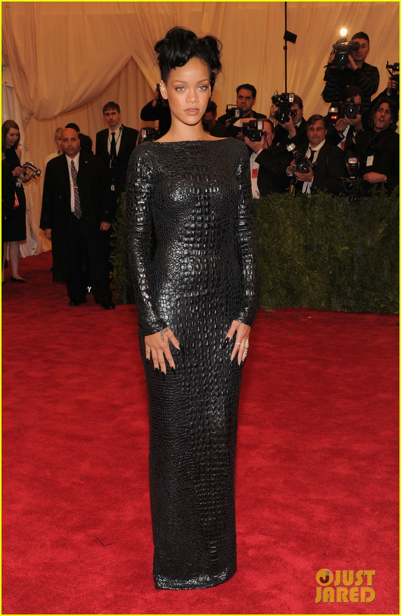 rihanna met ball 2012 01