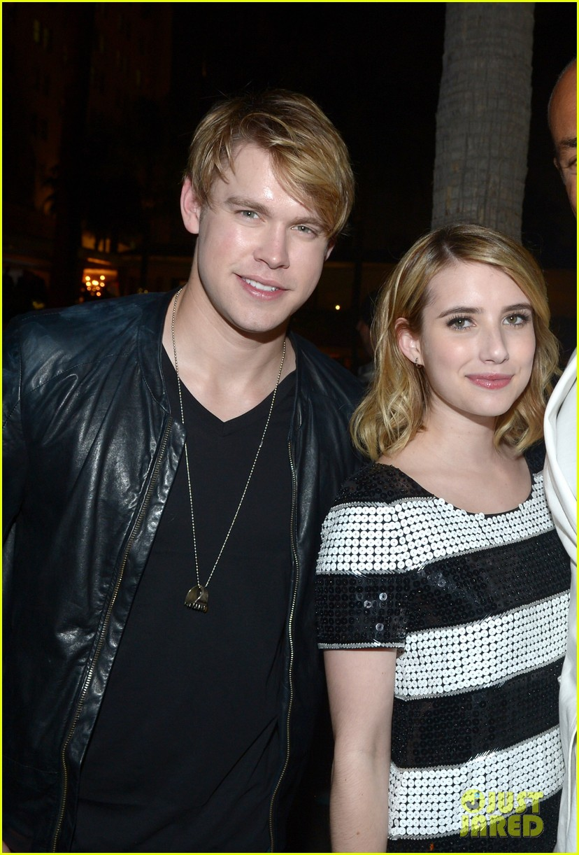 emma roberts chord overstreet nylons young hollywood party 08