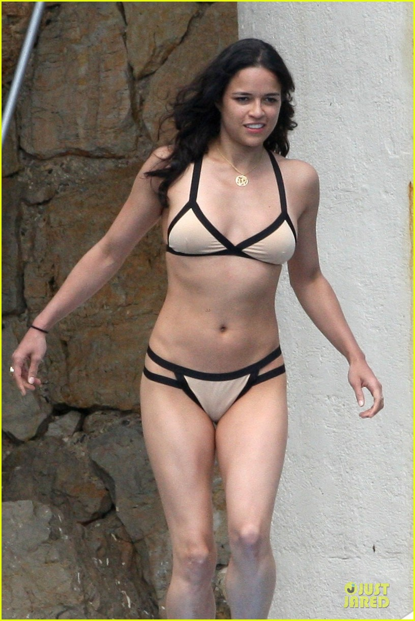 michelle rodriguez bikini antibes 06