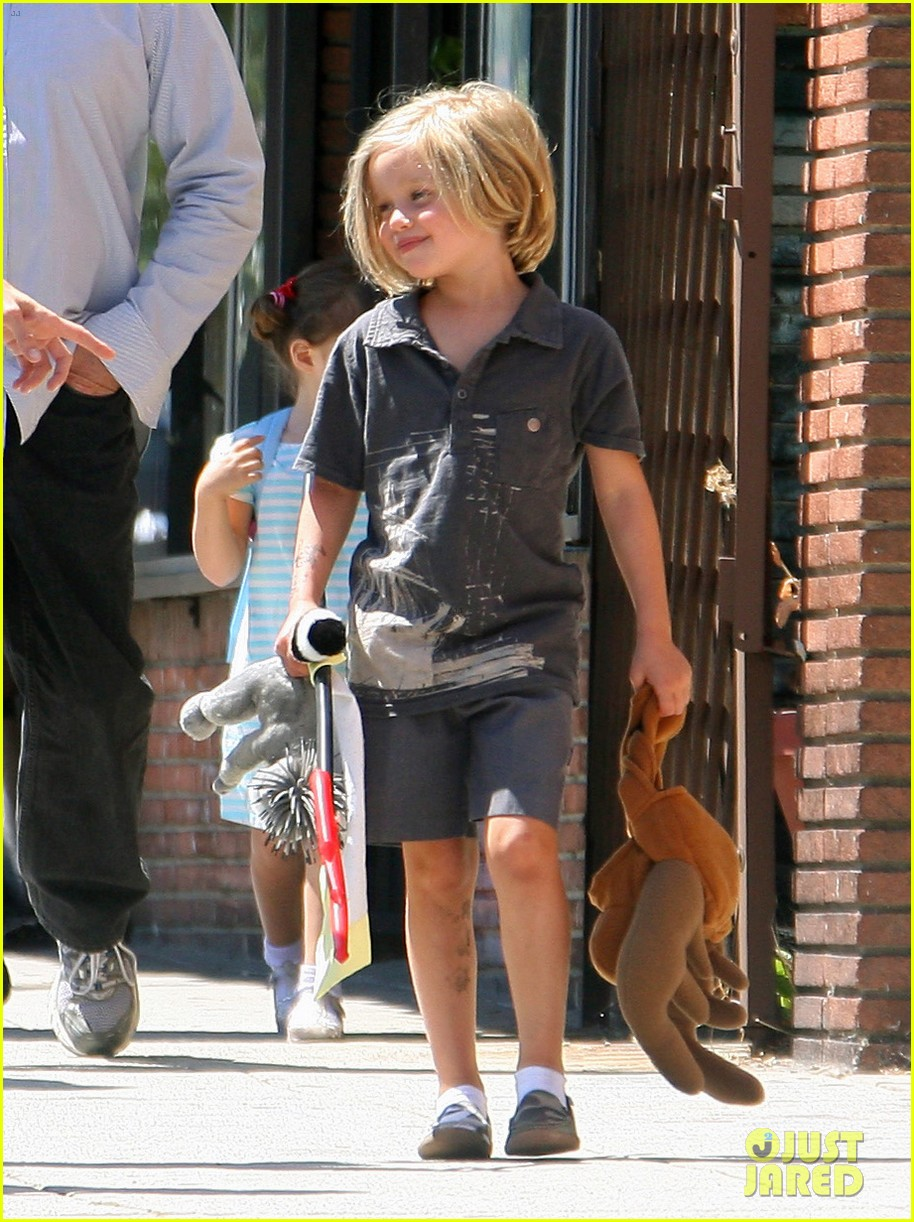 happy sixth birthday shiloh jolie pitt pictures through the years 22