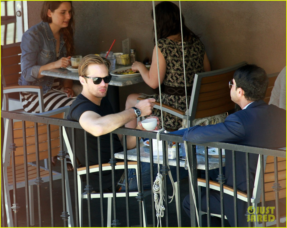 alexander skarsgard lunch pal 02