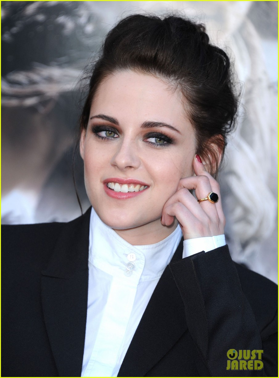 kristen stewart snow white huntsman screening 03