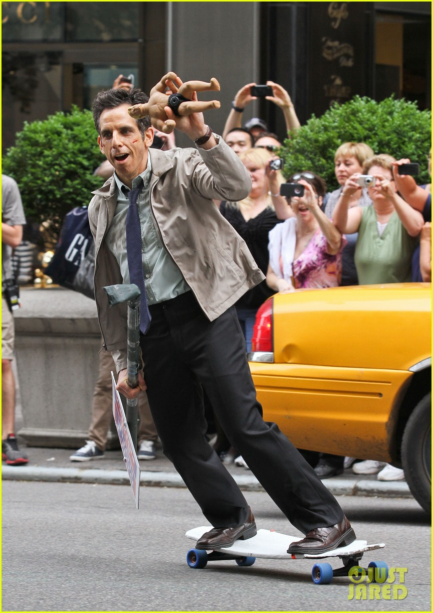 ben stiller skateboarding mitty set 032667987