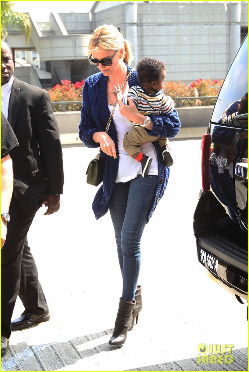 charlize theron baby jackson first pics 01