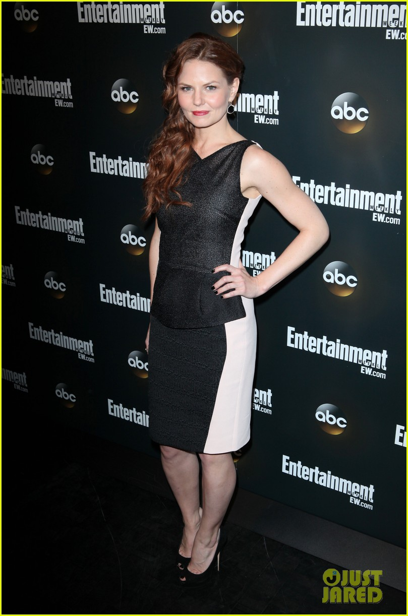 emily vancamp ginnifer goodwin abc upfront party 05