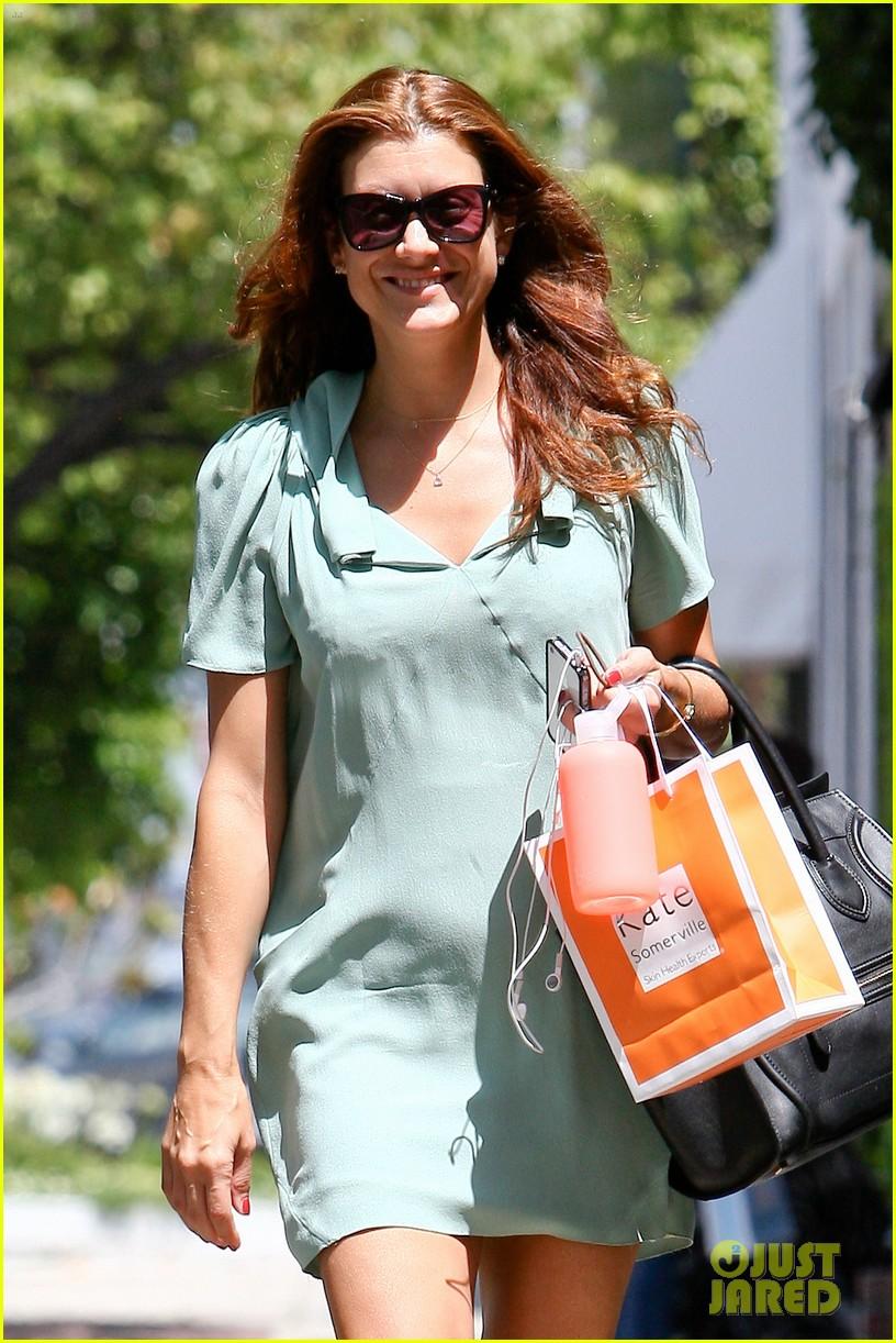 kate walsh smiling shopper 02