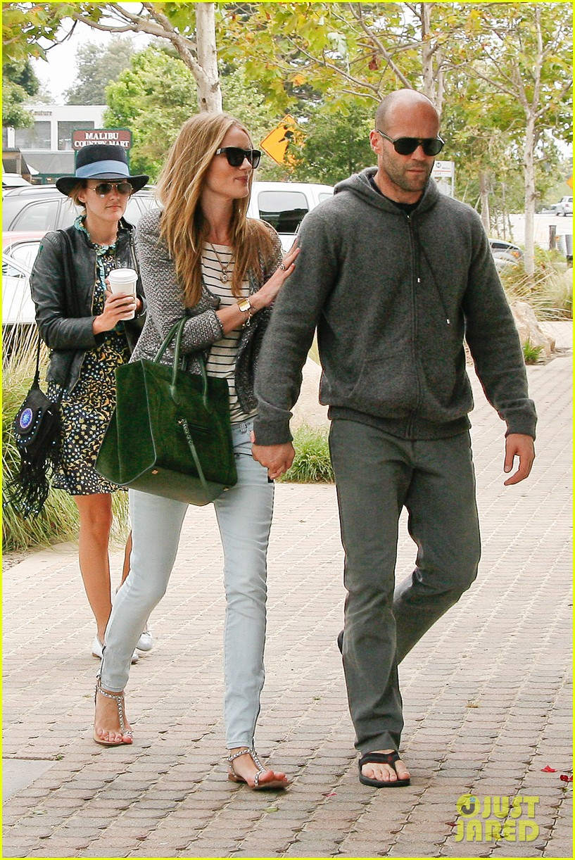 rosie huntington whiteley jason statham malibu mates 16