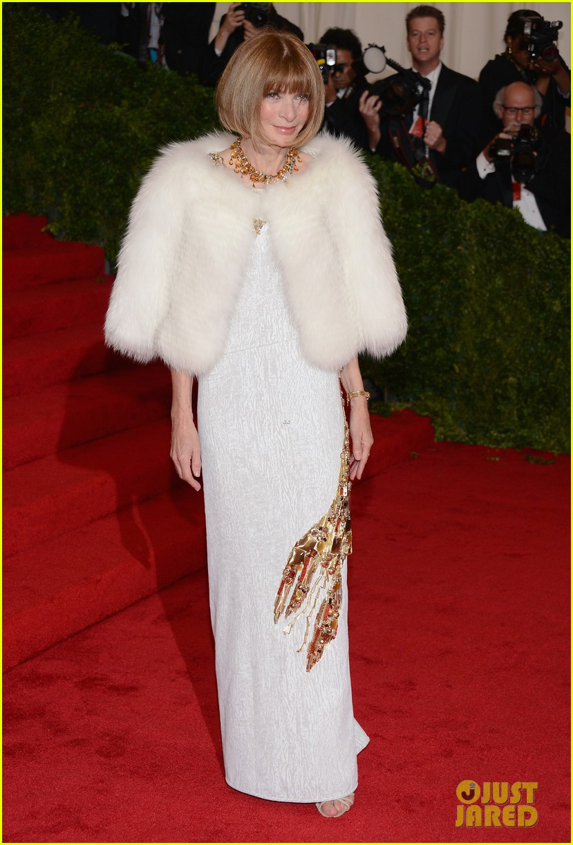 anna wintour met ball 2012 bee shaffer 01
