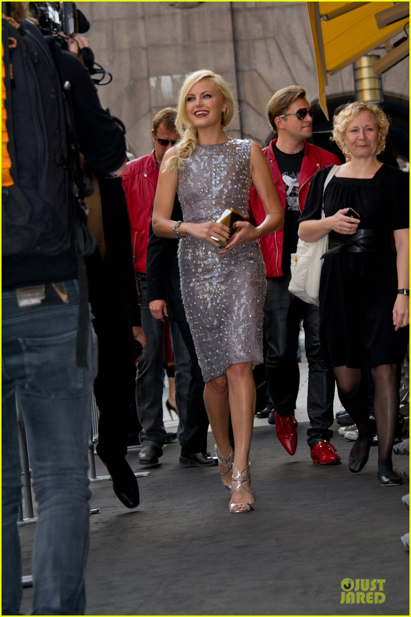 malin akerman rock ages stockholm premiere 08