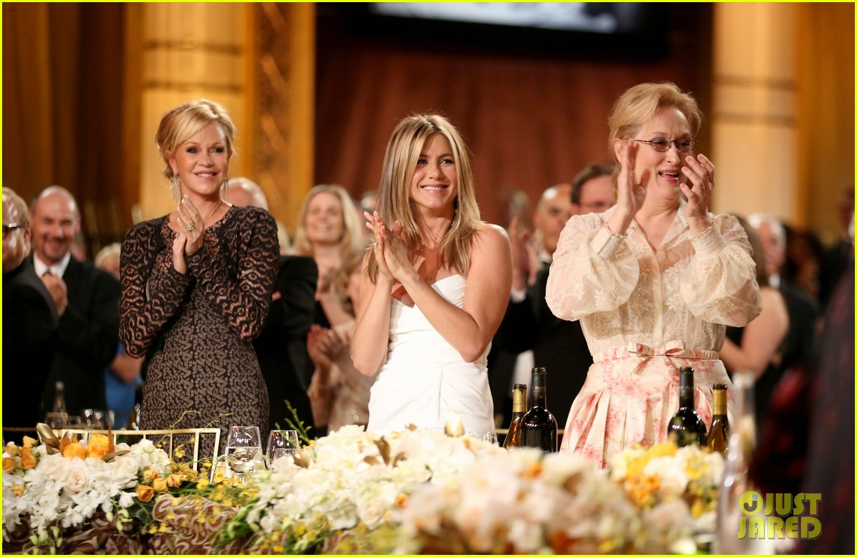 jennifer aniston afi award ceremony for shirley maclaine 04