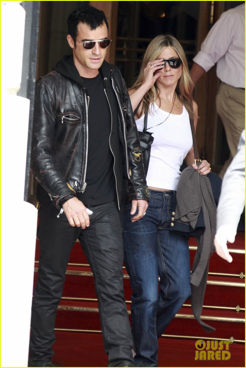 jennifer aniston justin theroux ritz carlton couple 05