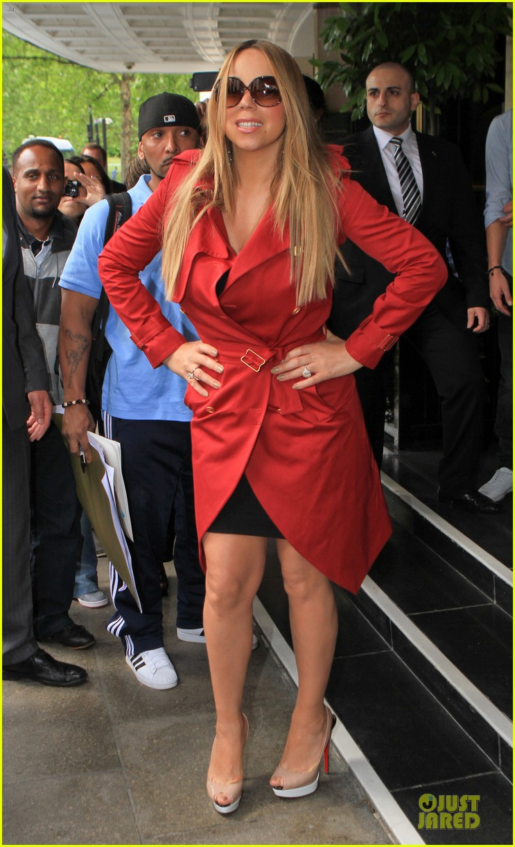 mariah carey red trench coat london 09