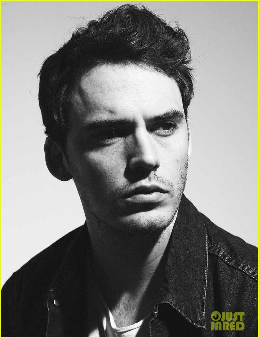 sam claflin flaunt feature 03
